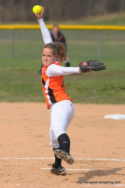 Jonesville vs Leslie Softball