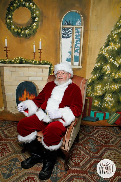 Pictures with Santa @Earthbound 12.1.2018-084.jpg