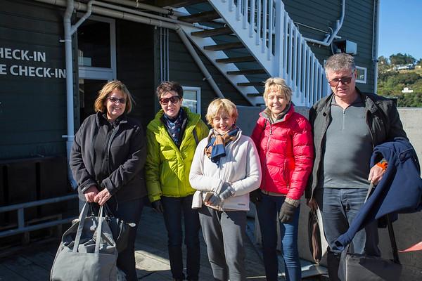 20170405 Anne, Julie, Catherine, Janet & Fred at Oban, Stewart Island  _JM_3489 a.jpg