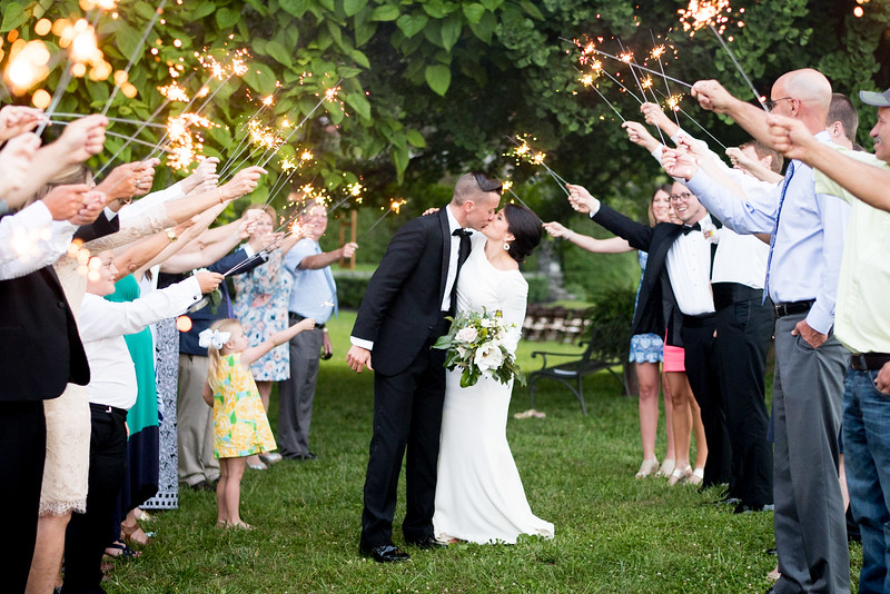 wedding-sparkler-exit (1 of 29).jpg