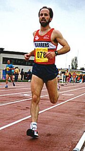 Individuals - Speedy David Kirk on track