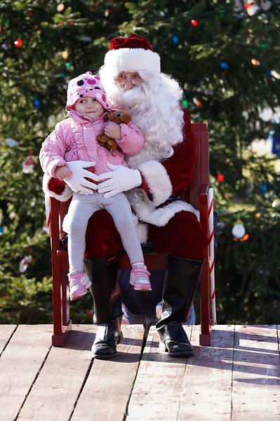 Santa In The Park 20190132.JPG