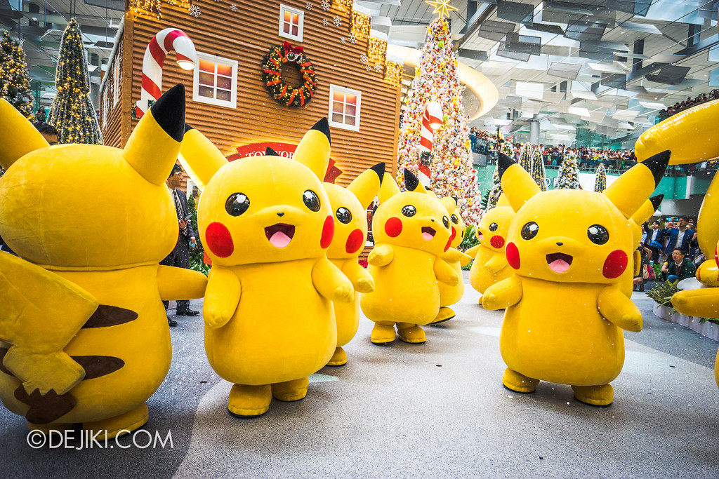 Pokémon at Changi Airport - Pikachu Parade Snow 3