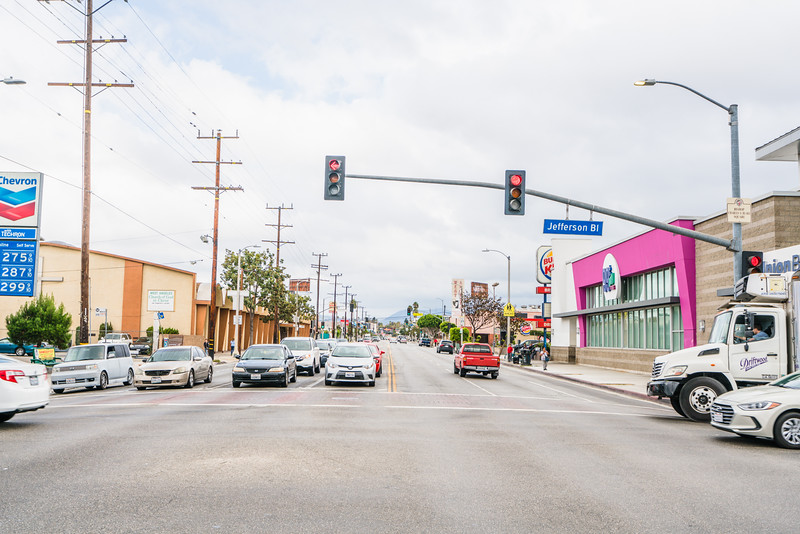 01_crenshaw_boulevard_businesses_004.jpg
