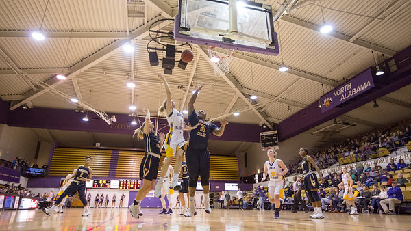 UNA Baskeball vs Mississippi College