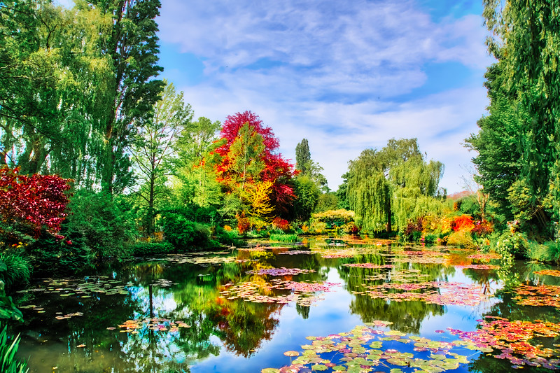 monets garden giverny france.jpg