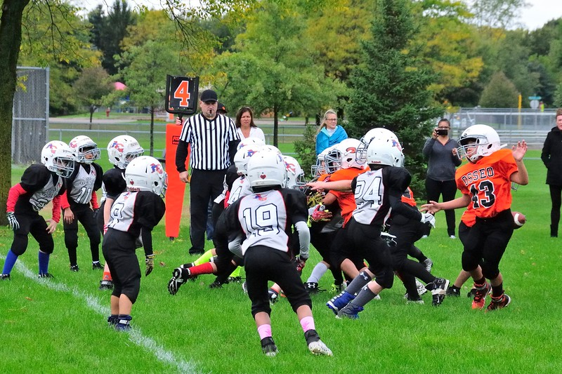 2017-10-07 Owen's Football Game - 3rd Grade 059.jpg