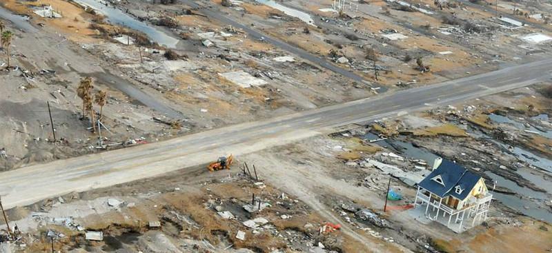 gw-impacts-hurricane-ike-damage-gilchrist-tx-2.jpg