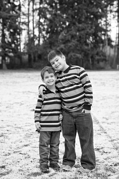 Bremerton-Family-Photographer-Following-Seas-Photography-7775BW copy.jpg