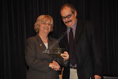 25601 Chuck Kinder Eblery Alumni award