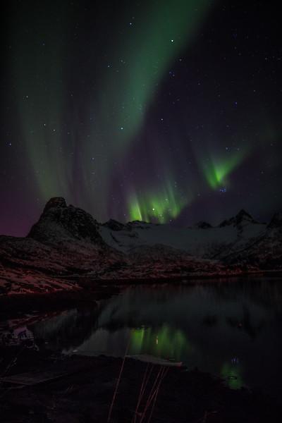 Feb2118   Aurora beyond Svolvear-16.jpg