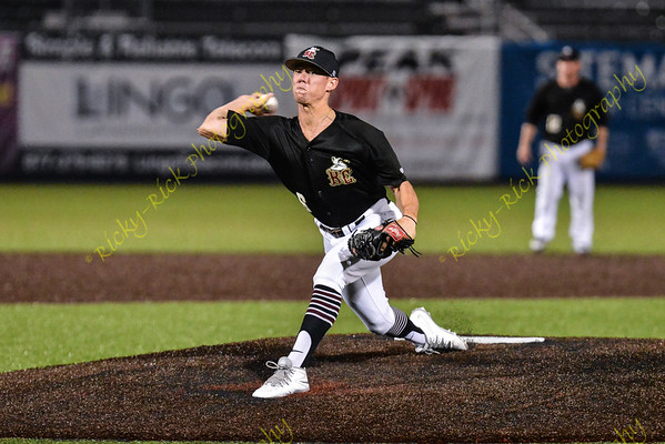 2017-08-02 - Game 2 - River City Rascals (5) vs Florence Freedom (1)
