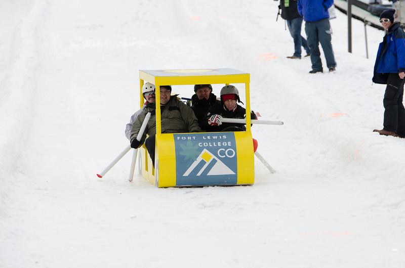 Carnival-Sunday-2014_Snow-Trails_0431.jpg
