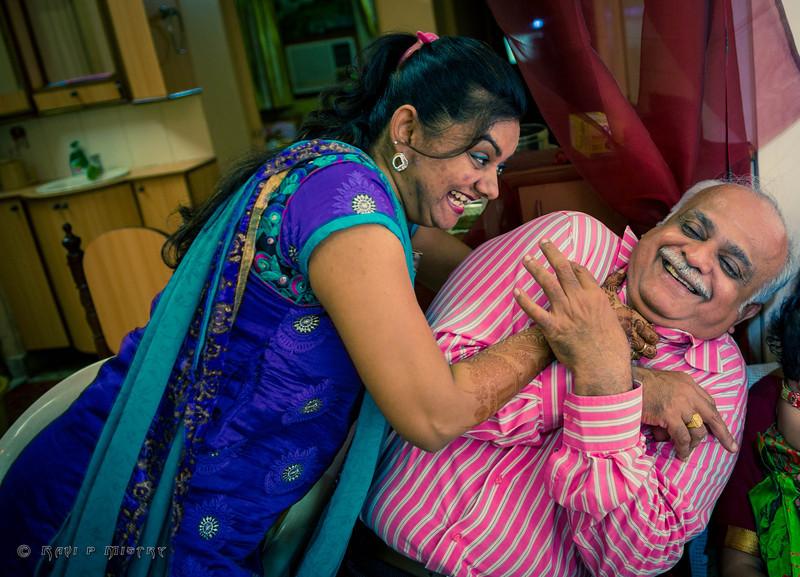 Jay Pooja Mehandi-503.jpg