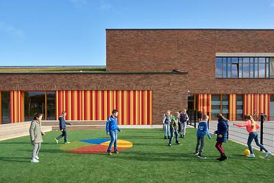 RoosRos architecten. KDV and school de Parel