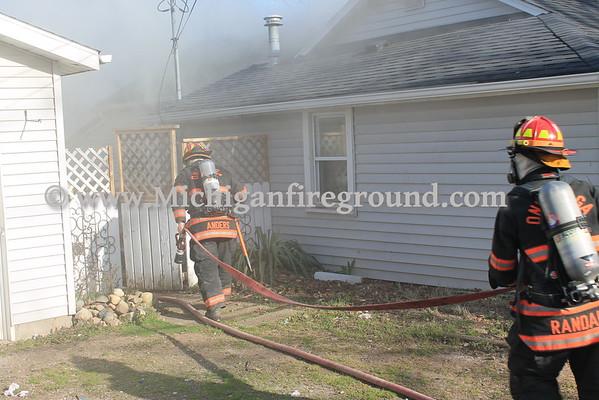 4/17/16 - Leslie house fire, 111 Spring St