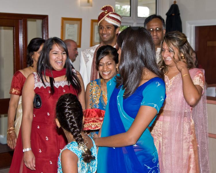Shiv-&-Babita-Hindu-Wedding-09-2008-033.jpg
