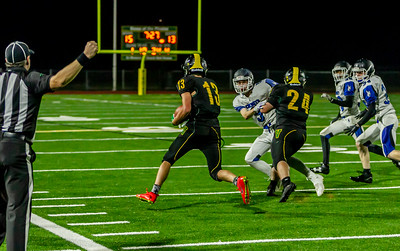 Fourth quarter, Game Set ten: Football v Chimacum at Homecoming 2018