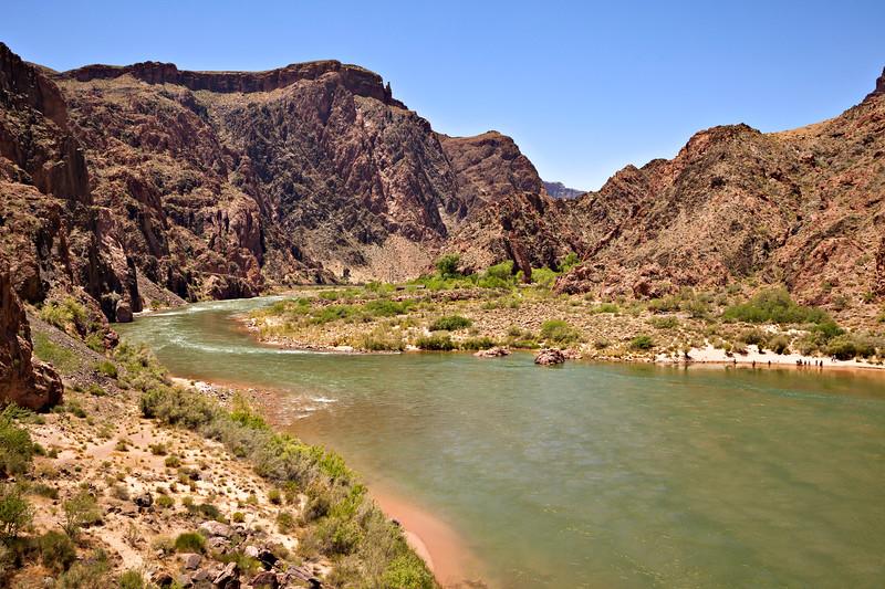 6476 Colorado River