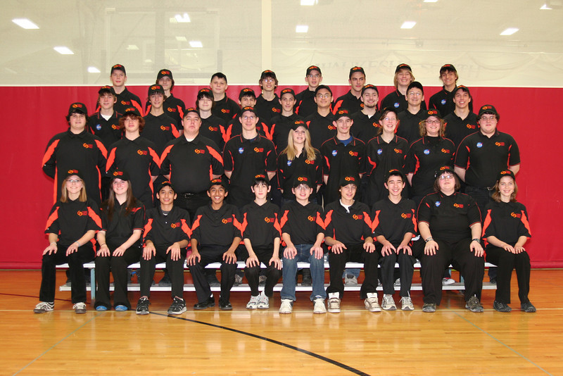 2010 Team Photo Students 1.JPG