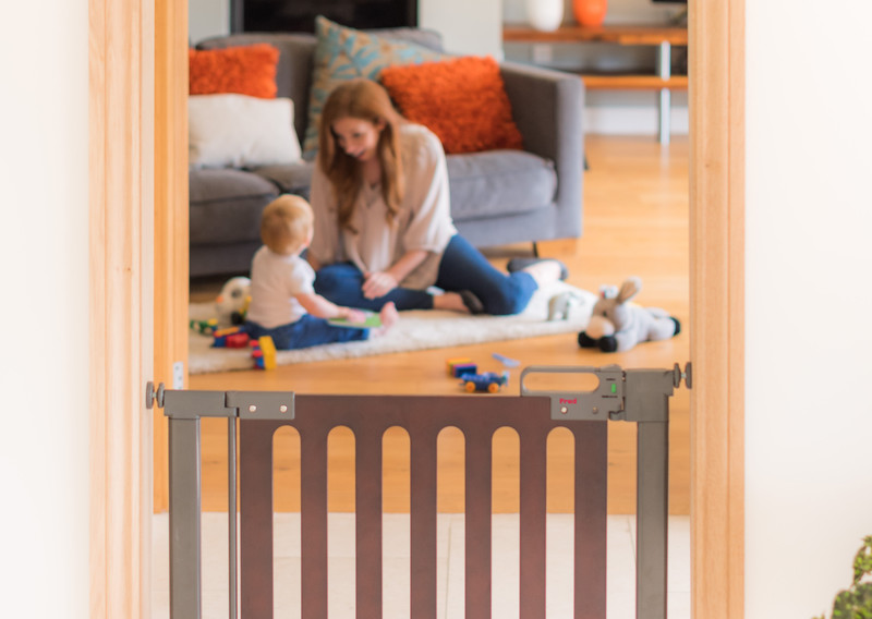 Fred_Stairgates_Pressure_Wooden_Gate_Lifestyle_landscape_family_behind.jpg