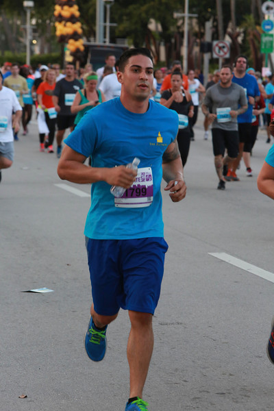 MB-Corp-Run-2013-Miami-_D0641-2480612852-O.jpg