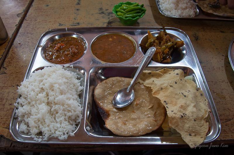 India-Varanasi-6575.jpg
