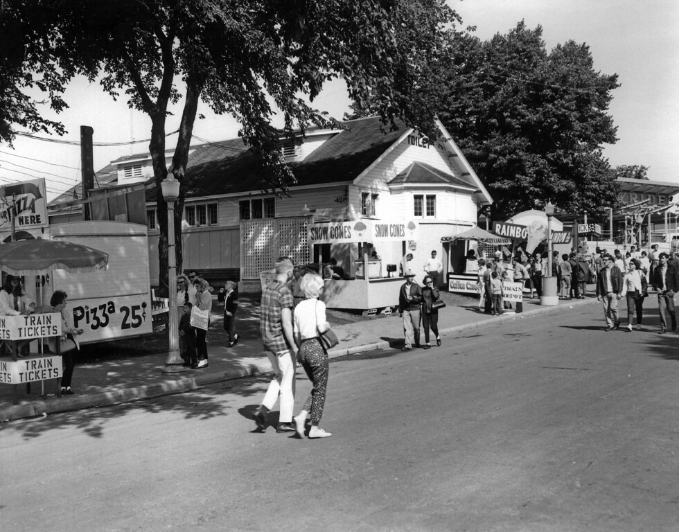 . The toilet building at the Southwest corner of Commonwealth and Liggett when it as new in 1966. (Courtesy Minnesota State Fair)