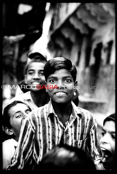 india31-1.jpg