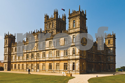 lady-carnarvon-to-speak-about-life-in-downton-abbeys-highclere-castle
