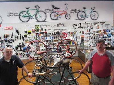 04-19-17 NEWS R Bike shop