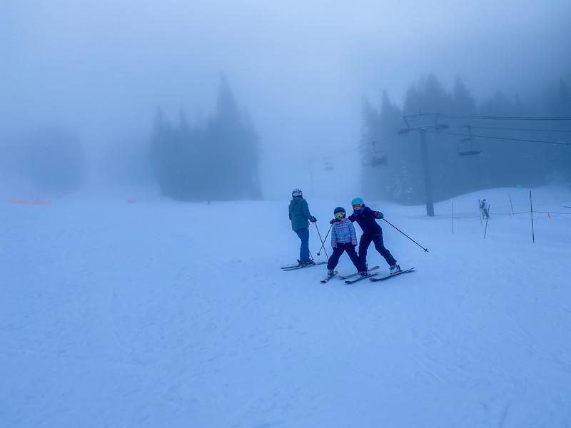 Rad skiers