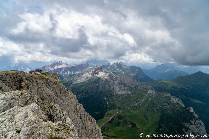 Dolomites-italy-lagazuoi-1.jpg
