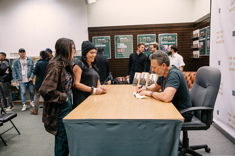 2019_2_28_TWOTW_BookSigning_SP_434.jpg
