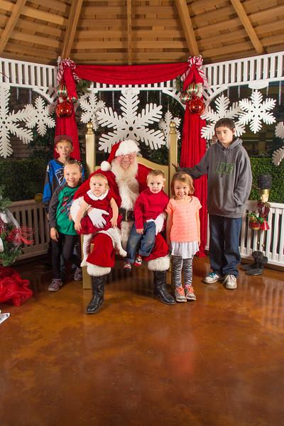 Santa 12-16-17-151.jpg
