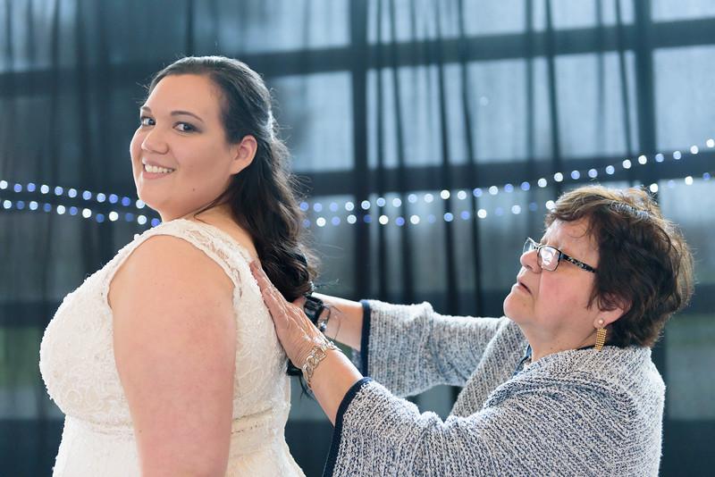 Bride&Bridesmaids_42.jpg
