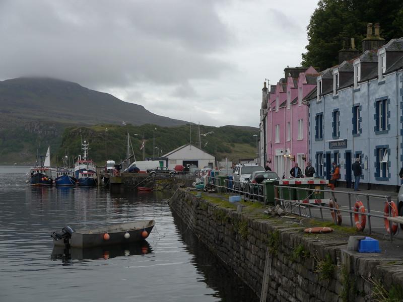 @RobAng Juni 2015 / Portree, Isle of Skye / Eilean a'Cheo Ward  (Inner Hebridies), Scotland, GBR, Grossbritanien / Great Britain, 14 m ü/M, 2015/06/19 20:48:46