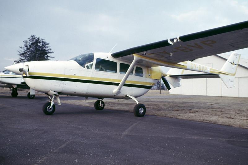 OY-BVP-Cessna337DSuperSkymaster-Private-EKBI-1985-RB-49-KBVPCollection.jpg