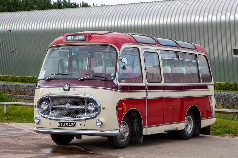1968 Bedford J2SZ10 Plaxton C20F