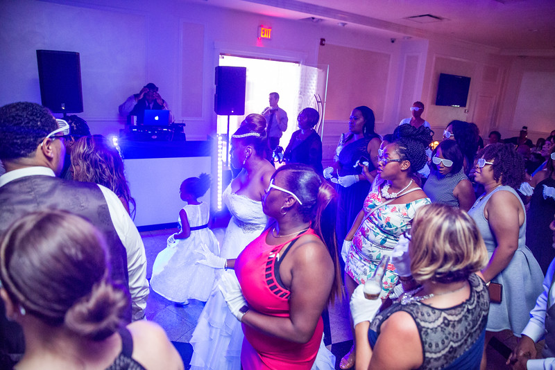 MER__1523_tonya_josh_new jerrsey wedding photography.jpg