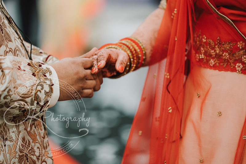 Zhara & Alvin-Wedding-By-Oliver-Kershaw-Photography-142325.jpg