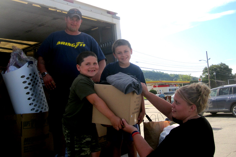 2011 9-9 Stuff-A-Truck For Hurricane Irene