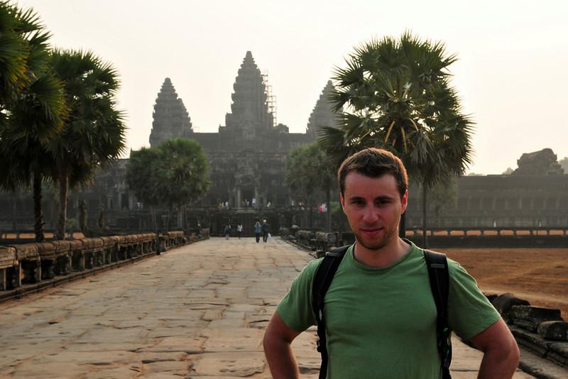 Day18-AngkorWatSunset-57.jpg