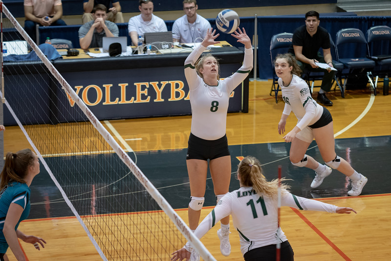 08302019-Loyola-Volleyball-Cropped-35.jpg