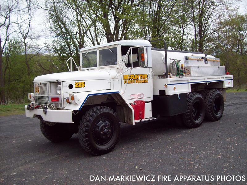 MIFFLIN TWP. FOREST RANGERS & FIRE CO. FORMER BRUSH 225 1964 KAISER/MTFR BRUSH TRUCK
