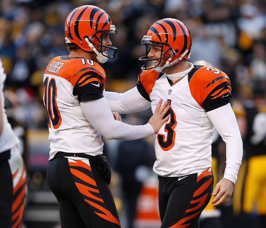 ". <p><b>CINCINNATI BENGALS</b> <p><i>�BURNING THEIR STRIPES�</i> <p>After decades as woeful pretender <p>The �Hard Knocks� crew looks like contender <p>Yet our eyes, not impressed <p>Cause in clown suits, they�re dressed  <p>Who dey? A fashion disaster <p><b><a href=\'http://www.bizjournals.com/columbus/morning_call/2013/08/bengals-uniforms-are-ugly-espn.html\' target=""_blank\""> HUH?</a></b> <p>   (Gregory Shamus/Getty Images)  <p>Follow Kevin Cusick on <a href=\'http://twitter.com/theloopnow\'>twitter.com/theloopnow</a>."