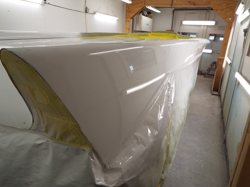 Rear starboard fin painted.