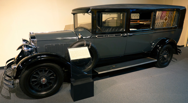 1929 Studebaker Superior Hearse