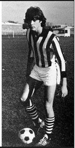 Ray liotta uhs soccer 1973.jpg