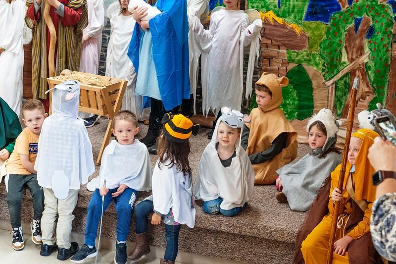 20191209 Faith Children Advent Family Gathering-8021-2.jpg